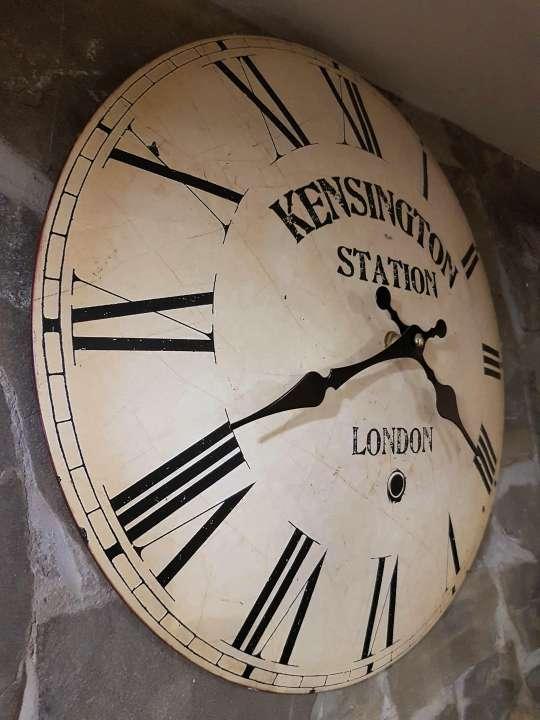 Hodiny Kensington