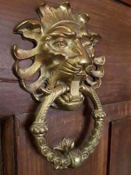 Klopadlo lev