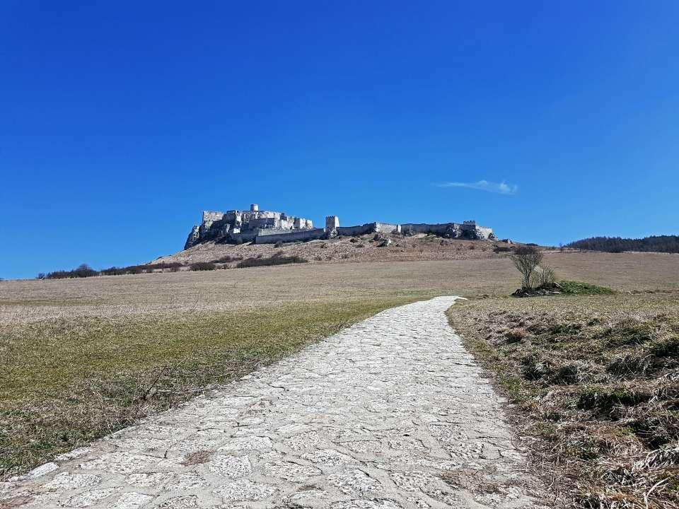 Chodník na Spišský hrad